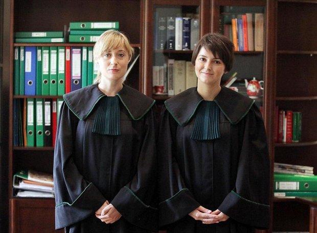 Darmowy adwokat – encyklopedyczne ujęcie